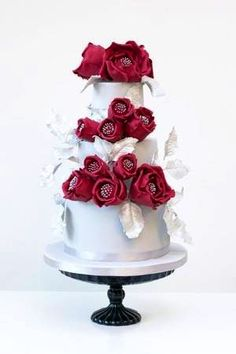 Cake Delight in Red  n White!