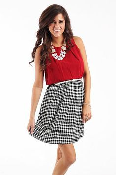 Kickoff Cutie Dress, Crimson $42.50 Hello game day! We are loving this Roll tide dress and the white belt that comes with it:) This one is a nice length and you can easily throw a cardigan on with it! Fits true to size. Miranda is wearing the small.