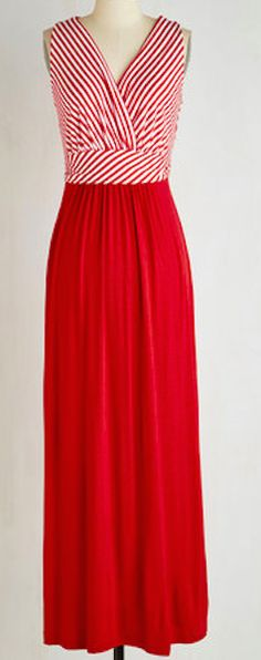 Really flattering cut on this red and striped maxi