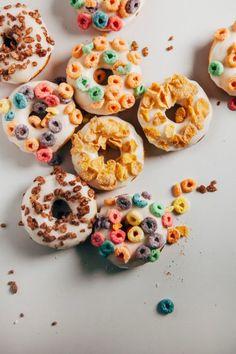 Donut breakfast cereal recipe | theglitterguide.com