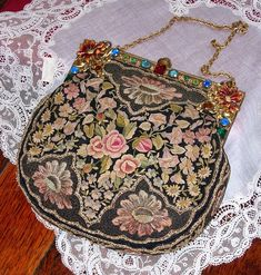 Em's Heart Antique Linens -Antique Silk French Embroidered Brass Frame Purse