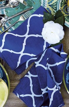 Brighten your springtime table settings with these vibrant linens from Kim Seybert. | Frontgate: Live Beautifully Outdoors