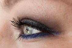 MAC Atlantic Blue & CHANEL Mirifique #Makeup http://www.magi-mania.de/a-pop-of-blue-color-makeup/