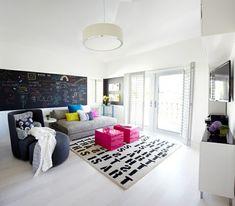 wohnideen teenager zimmer einrichten sofa sessel poster teppich ... - Wohnideen Teenagerzimmer Wandfarbe