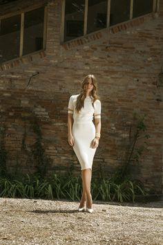 White sophisticated elegance.  Discover #CompagniaItaliana SS 2016 collection on  www.compagniaitaliana.it