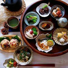 2016.10.23 休日 いろいろ豆皿で朝昼ごはん🍙 * * 今日も良い1日になりますように🍁🌾 * * #豆皿 #器 #うつわ #朝ごはん #朝食 #朝時間 #和食 #日本食 #Japanesefood #foodpic #instafood #おうちごはん #常備菜…