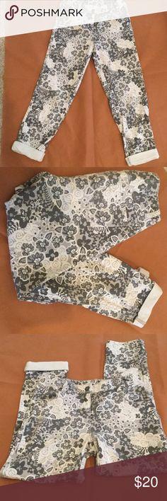 HannaAnderson printed pants Hanna Anderson printed pants; 85% cotton ; 12% poly;3% spandex I Hanna Andersson Bottoms