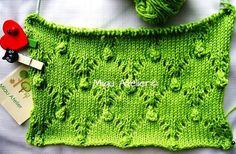 Hoje pela manhã vi no facebook um ponto muito interessante e que fica lindo para aqueles que adoram fazer trico. Uma manta para bebê fica uma ótima combinação. Eu retirei a receita e a foto da pá…