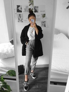 Autumn outfits Trendy outfits ideas for Winter style outfits Women Fashion Winter Outfits Fall Style Fashion Outfits Style Outfits, Mode Outfits, Casual Outfits, Fashion Outfits, Womens Fashion, Fashion Trends, Classy Outfits, Fashion Clothes, Gym Outfits