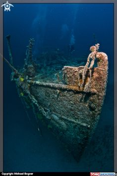 Wreck by Michael Bogner  Scubashooters - underwater photagraphy information