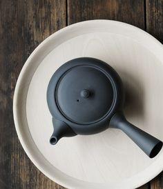 Hira Kyusu teapot by Azmaya -   Made in Tokoname - Japan  - Brews enough for 3 or 4 small cups