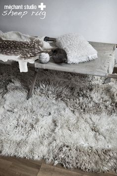 Stylish And Elegant Sheepskin Rug Ideas For Living Room Decoration - Christmas is coming and you have the right to have your home looking pleasant and merry. Your home stylistic theme may not be finished without a wonde. Bedroom Carpet, Living Room Carpet, Rugs In Living Room, Living Room Decor, Bedroom Rugs, Bedroom Doors, Cozy Living, Bedrooms, Grey Fur Rug