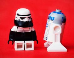 Star Wars by Lego (101 pics) Lego Star Wars, Star Wars Art, Lego Stormtrooper, Funny Lego Pictures, Photo Lego, Lego Humor, Aniversario Star Wars, Figurine Lego, Minions
