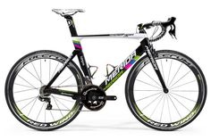 Merida Reacto Team LTD. As close as we consumers can get to Rui Costa's bike. Too bad he did win his title with Lampre-Merida because now they can't use the rainbow colors on the bike. A very limited edition, so if you want one, be quick!