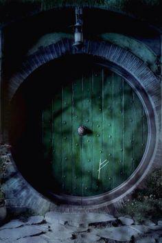 The Hobbit: An Unexpected Journey Bilbo Baggins Door Poster Rachel Gandalf, Legolas, The Magic Faraway Tree, Into The West, An Unexpected Journey, Bilbo Baggins, Thorin Oakenshield, Jrr Tolkien, Hobbit Tattoo