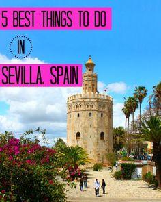 Sevilla - En el libro, Ana vivió en California y ella visitó España estudiar. Ana vivió en Sevilla con la familia Marco. Ana le gusta el lugar.