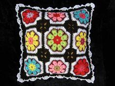 подушки афганский цветок, бабушкин квадрат