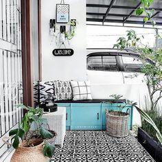45 Ideas Exterior Home Design Renovation Brick House Colors, Exterior Paint Colors For House, Paint Colors For Home, Bungalow Porch, Home Room Design, House Design, House Paint Color Combination, House With Porch, Ideas