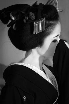 * Geisha.