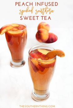 Cocktail drink recipe for peach sweet tea spiked with peach vodka and infused with fresh peach slices.