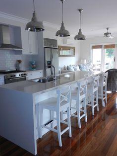 Lovely fresh kitchen! http://withalittleimagination-jodi.blogspot.com.au/2012/03/kitchen-canbinet-update.html