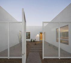 Galeria de Casa dos Pátios / HK Associates Inc - 14