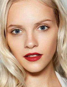 natural makeup, bold lip