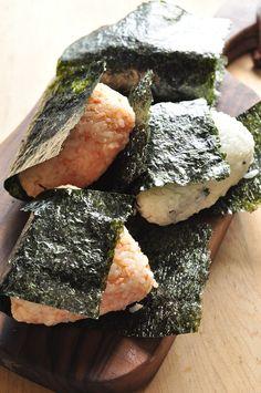 Nori Onigiri Rice Balls おにぎり.                 I love biting into the crisp seaweed. Yum.