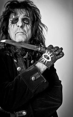 Exploring 25 Heavy Metal Stage Name Origins Alice Cooper, Detroit, Horror Villains, Learn Guitar Chords, Rockn Roll, Heavy Metal Bands, Shows, Glam Rock, Rock Music