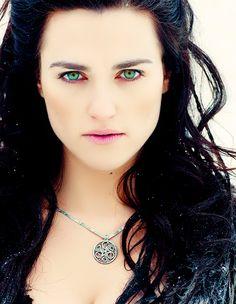 Katie McGrath as Morgana Merlin Morgana, Merlin Cast, Lena Luthor, Katie Mcgrath, Long Black Hair, Pretty Toes, Stunning Women, The Marauders, Goddesses