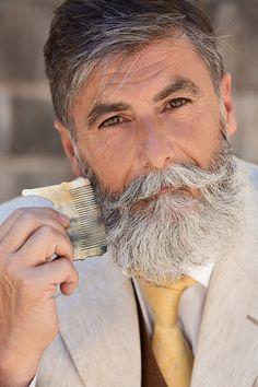 Man Becomes A Fashion Model After Growing A Beard 10 Pics Bored Panda Grey Beards, Long Beards, Hairy Men, Bearded Men, Men Beard, Bart Tattoo, Short Beard, Beard Love, Full Beard