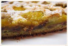 Crostata morbida di pesche cacao e amaretti