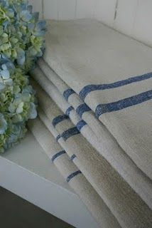 Will soon be making a runner for my table like this!- thanks Leslie Toler
