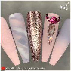 Get ready to be inspired by this new gel polish nail tutorial! By @natmugnailartist Diy Acrylic Nails, Diy Nails, Statement Nail, Pastel Nail Art, Stylish Nails, Nail Tutorials, Gel Nail Polish, Love Nails, Nails Design