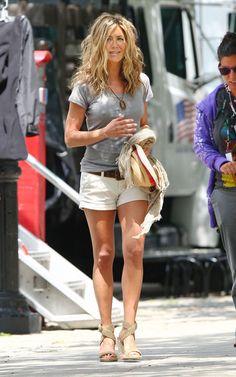 love t shirt, shorts, heels and wild hair:)