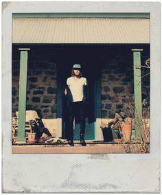 Matt Corby. ON A PORCH.