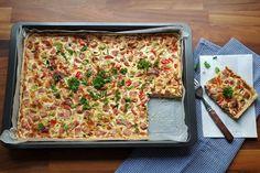 Gluteeniton kinkku-juustopiirakka Quiche Lorraine, 200 Calories, Macaroni And Cheese, Bread, Ethnic Recipes, Food, Red Peppers, Mac And Cheese, Brot