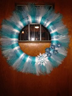 Winter tulle wreath!