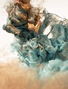 Metallic Ink in water / Alberto Seveso ebb and flow abstract contemporary art photography Wallpaper Series, Foto Transfer, Ink In Water, Foto Art, Art Photography, Underwater Photography, Abstract Art, Illustration Art, Photoshop