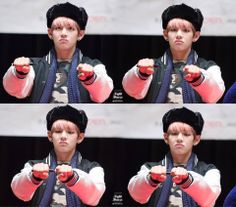 BTS ( V ) Fansign Busan 11/12/13 ♥  Cr; On the pic