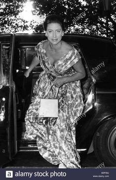 Princess Margaret's iconic style in 22 inspiring snapshots Princesa Margaret, Royal Princess, Princess Diana, Lady Diana, Margaret Rose, Elisabeth Ii, British Royal Families, Casa Real, Christian Dior