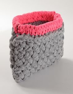 My Knit Edit: Cute summer clutch