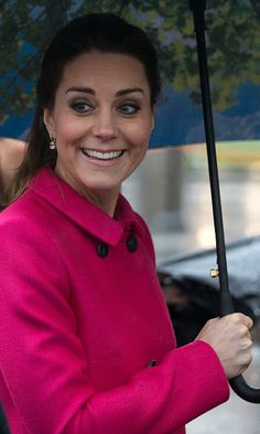 Kate Middleton's most adorable royal moments - Not even the bad weather could bring the Duchess down in New York City in December, 2014.