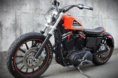 Cafe racers, scramblers, street trackers, vintage bikes and much more. The best garage for special motorcycles and cafe racers. Hd Sportster, Custom Sportster, Custom Harleys, Scrambler Motorcycle, Chopper Motorcycle, Motorcycle Clubs, Motorcycle Garage, Harley Davidson Street 500, Harley Davidson Custom Bike