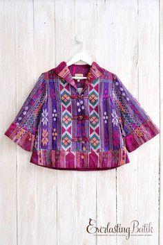 EVERLASTING BATIK   ME1909.1045 Melanor Ulos Blazer -XL Batik Blazer, Blouse Batik, Batik Dress, Blouse Dress, Batik Fashion, Ethnic Fashion, Womens Fashion, Batik Muslim, Mode Batik