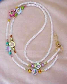 Handmade Wire Jewelry, Beaded Jewelry Designs, Handmade Bracelets, Jewelry Tags, Jewelry Crafts, Margaret Rose, Beaded Lanyards, Bohemian Bracelets, Diy Schmuck