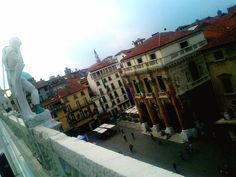 Piazza dei Signori, Vicenza, Italy (via VICENZA)...I see this, and all I think about is EZIO AUDITORE O_O