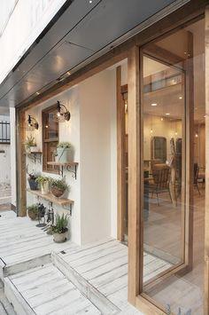 作品画像8 Shop Interior Design, Cafe Design, Store Design, Coffee Cafe Interior, Shop Doors, Coffee Shop Design, Cafe Shop, Lounge Areas, Interior Architecture