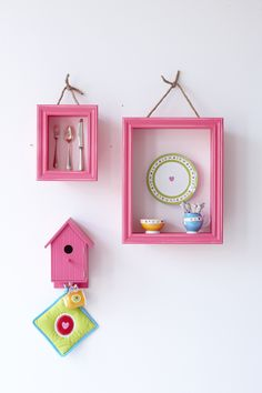 nice for little girls rooms, alarm clock in little birdshouse, jewelry in small and cuddlies in large one. then close to the bed on a wall. Lief Lifestyle, Toy Rooms, Kids Rooms, Happy Paintings, Little Girl Rooms, New Theme, Happy Colors, My Favorite Color, Pretty In Pink