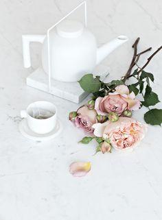 Catherine Lovatt White Ceramic Tea Pot Set & White Marble Table from Serax Belgium